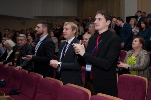 Среди участников церемонии: руководство компании, ветераны газовой отрасли, представители высших учебных заведений—опорных вузов ПАО «Газпром»